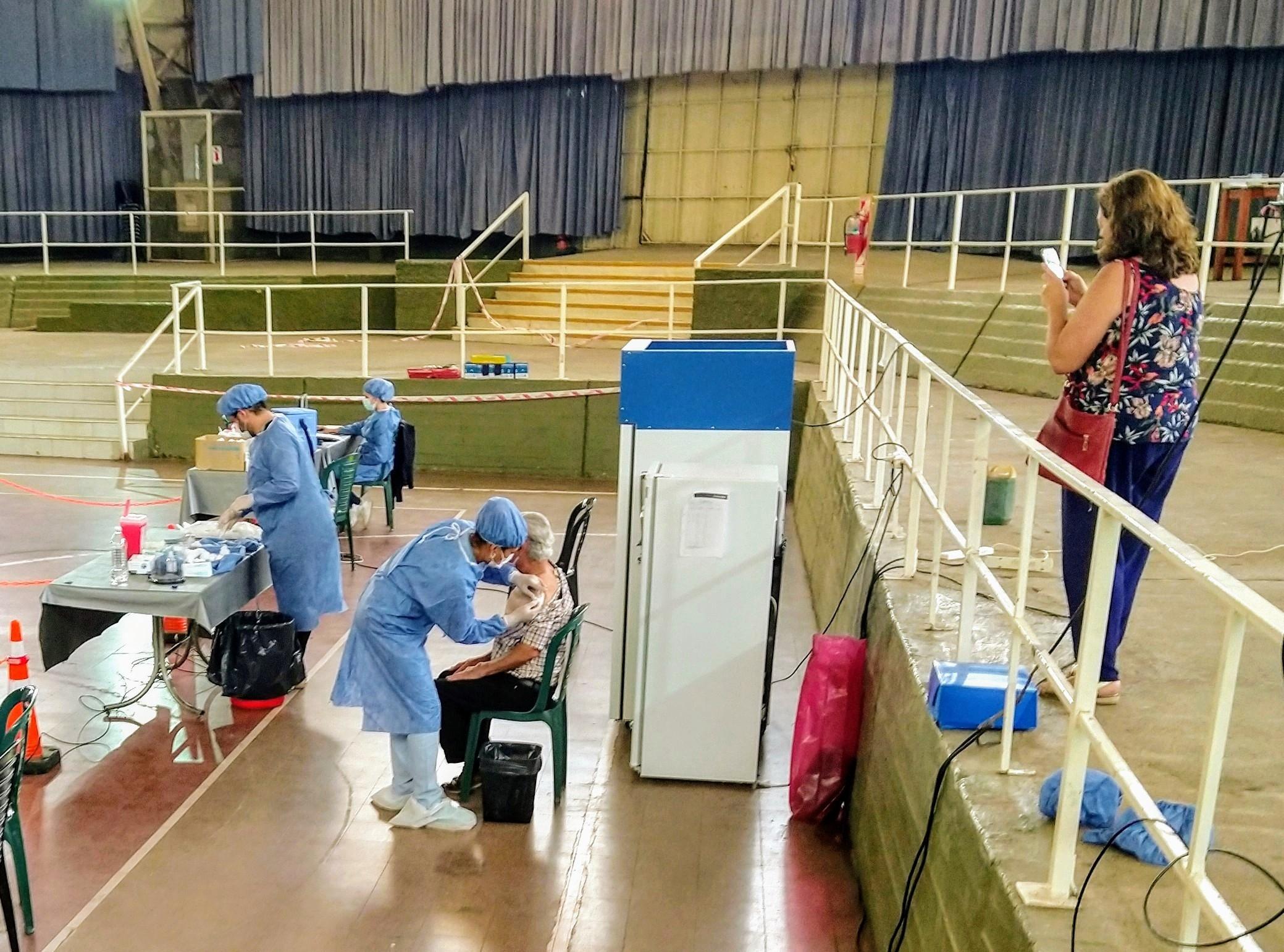 IAnticipan que es posible que se necesite un refuerzo anual de la vacuna contra el COVID-19