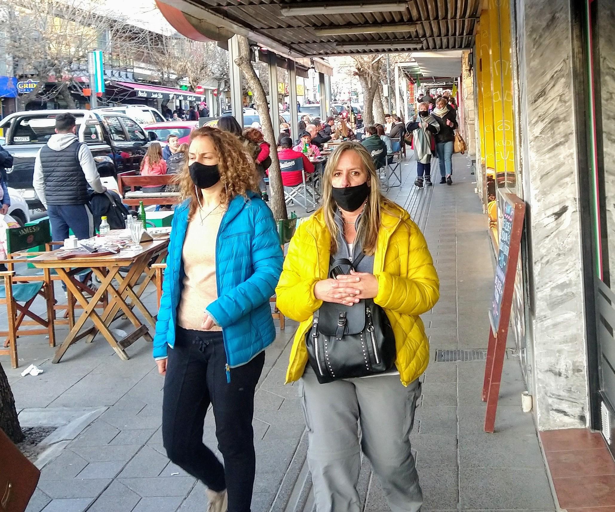 ICórdoba mantiene el uso de barbijo obligatorio en espacios públicos abiertos y cerrados